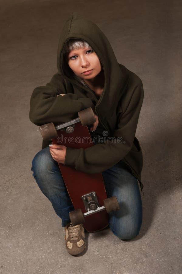 De jongelui van het portret het meisje - tiener royalty-vrije stock afbeelding