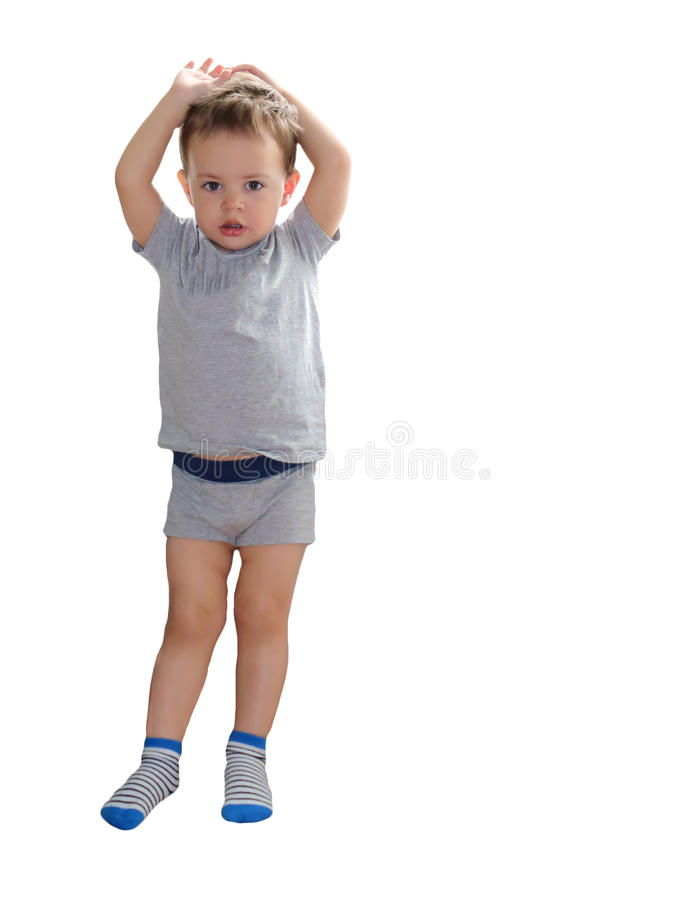 De jongen toont hoe groot hij is gegroeid royalty-vrije stock foto