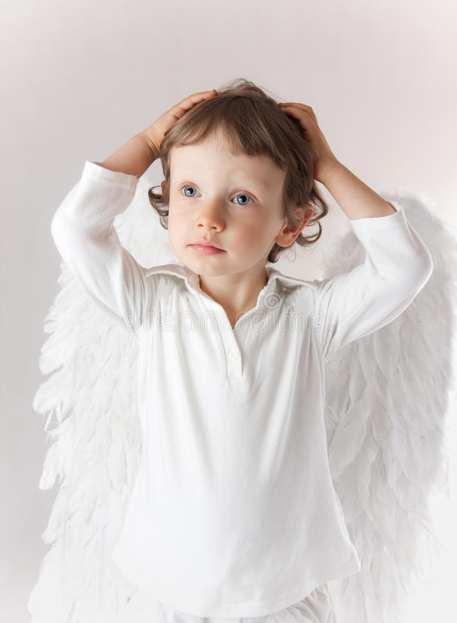 De jongen van de engel royalty-vrije stock afbeelding