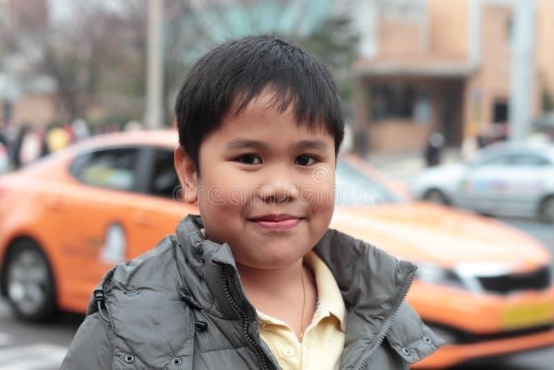De jongen van de stad stock afbeelding