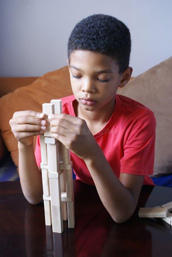 De jongensbouw stock afbeeldingen