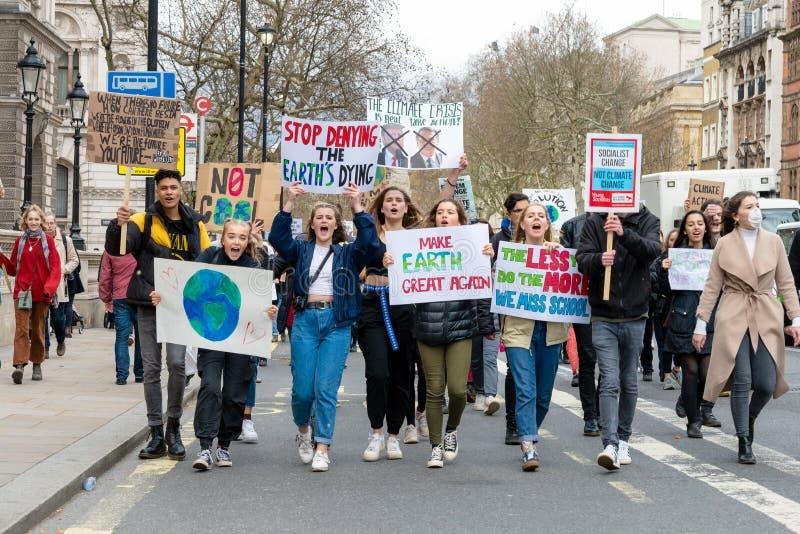 De jongeren slaat Klimaat 4 in Londen stock foto's