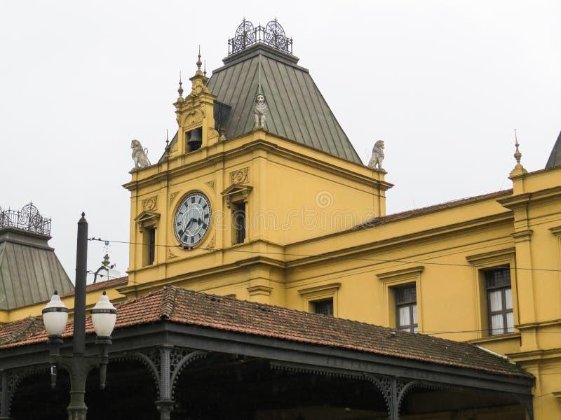 22 de julho de 2018, Santos, Sao Paulo, Brasil, torre do estação de caminhos-de-ferro velho imagens de stock