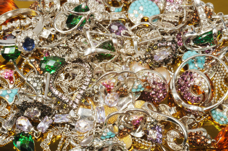 De juwelen van het platina met gemmen stock foto's