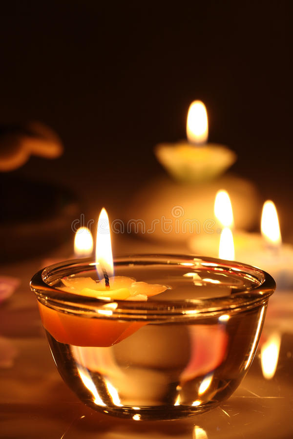 De kaarsen van de bloem royalty-vrije stock foto's