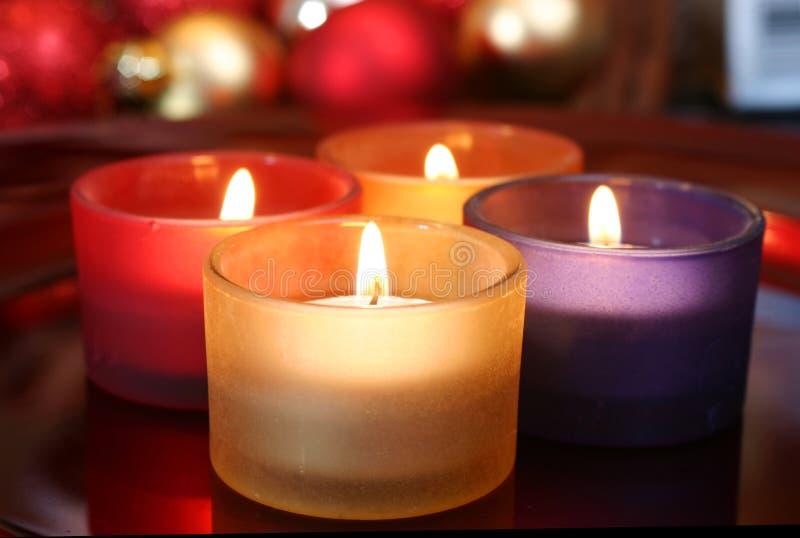 De kaarsen van de viering