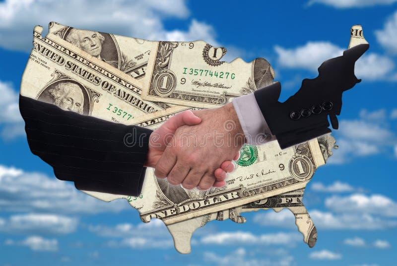 De kaartoverzicht van de V.S. met handdruk en geld stock foto