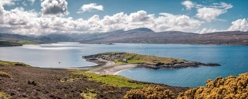 De Kalkovens van Ardneakie op Loch Eriboll in Schotland stock foto's