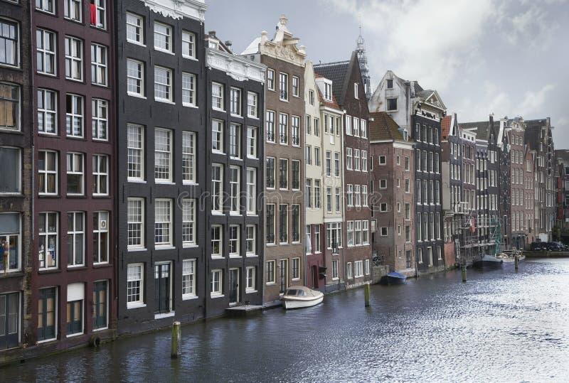 De kanalen van Amsterdam stock afbeelding