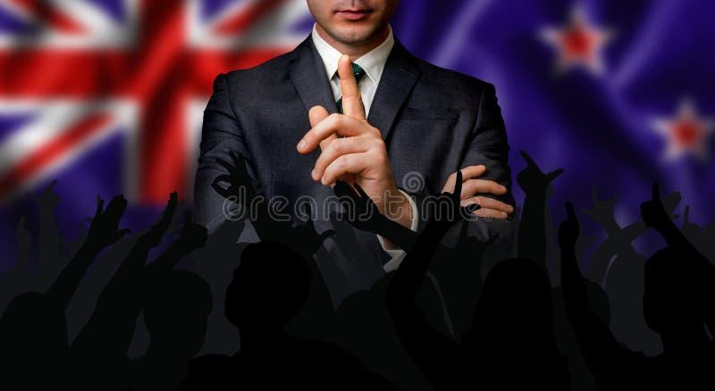 De kandidaat van Nieuw Zeeland spreekt aan de mensenmenigte royalty-vrije stock afbeelding