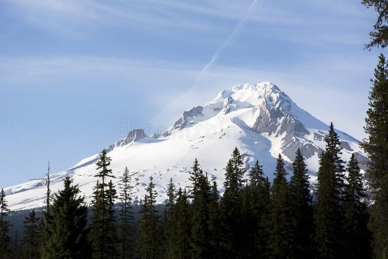 De Kap van MT, Oregon met maan stock afbeeldingen