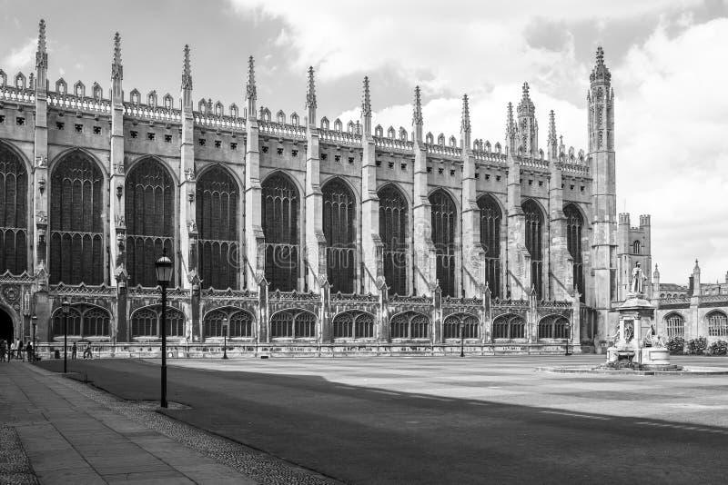 De Kapel van de koningenuniversiteit in zwart-wit De Universiteit van Cambridge, U royalty-vrije stock foto
