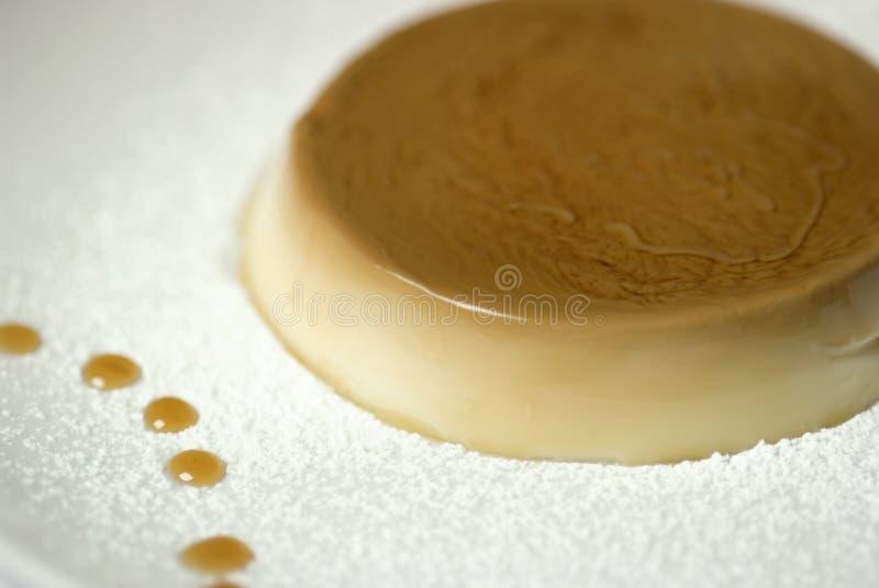 De karamelpudding van de room stock afbeeldingen