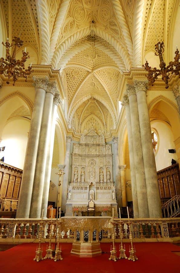 De kathedraal binnenlands detail van Erice, Sicilië stock foto's