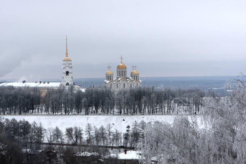 De kathedraal Dormition in de winter royalty-vrije stock fotografie