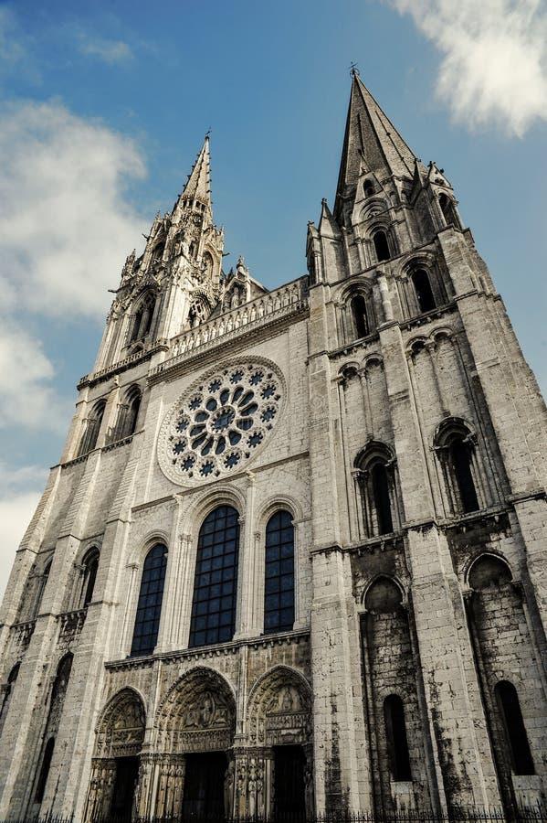 De Kathedraal van Chartres stock afbeeldingen