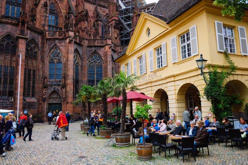 De Kathedraal van de Freiburgmunster, Duitsland royalty-vrije stock foto
