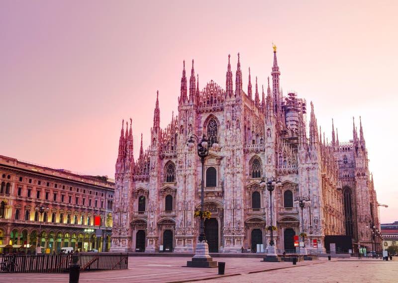 De Kathedraal van Duomo in Milaan, Italië royalty-vrije stock foto's