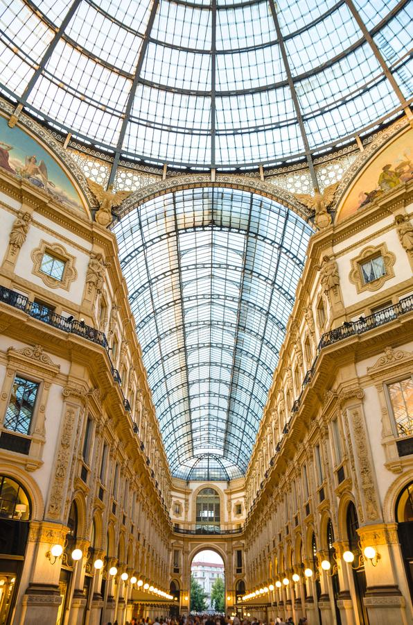 De kathedraal van Duomodi Milaan op Piazza del Duomo vierkant, Milaan, Ita royalty-vrije stock foto