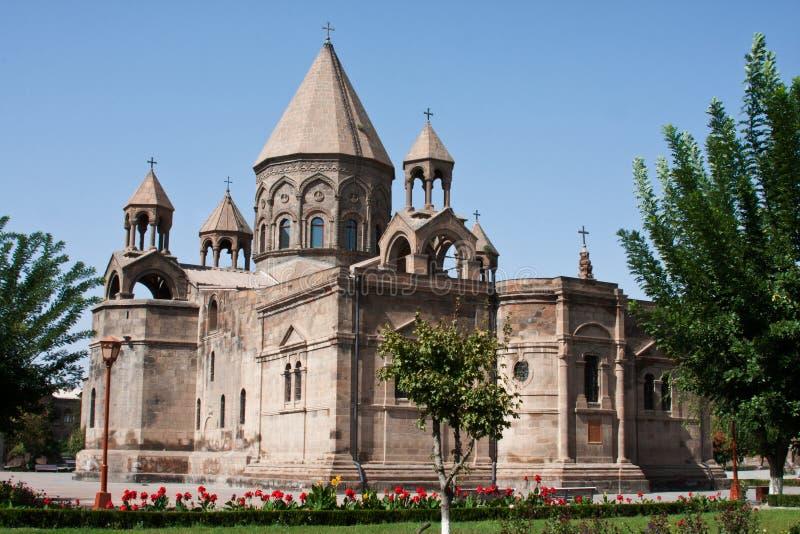 De Kathedraal van Echmiadzin in Armenië stock afbeelding
