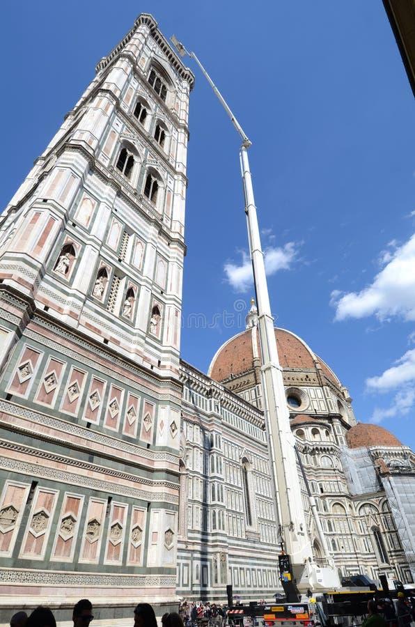 De Kathedraal van Florence - handhaaf toren stock foto