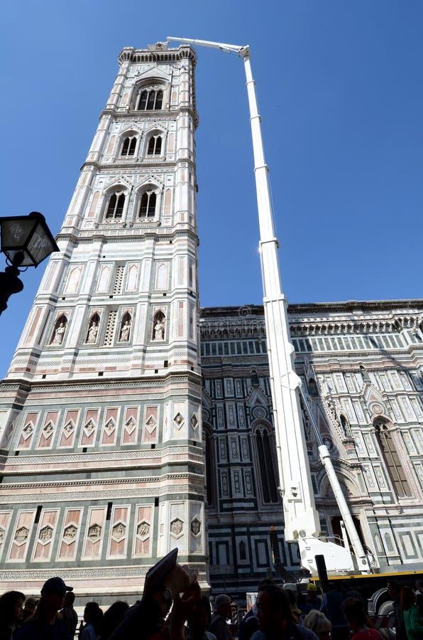 De Kathedraal van Florence - handhaaf toren stock afbeeldingen