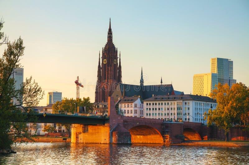 De Kathedraal van Frankfurt in Frankfurt-am-Main stock foto
