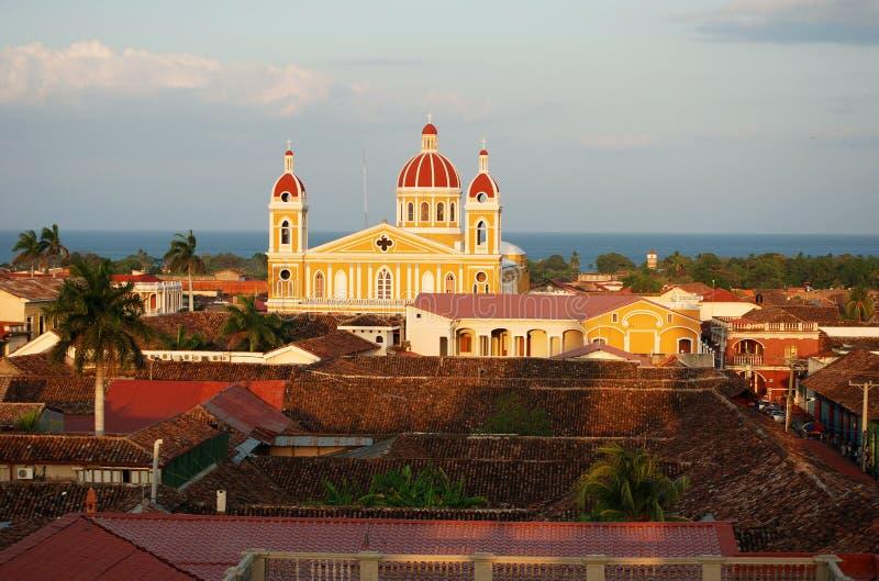 De Kathedraal van Granada, Nicaragua op het Meer stock foto