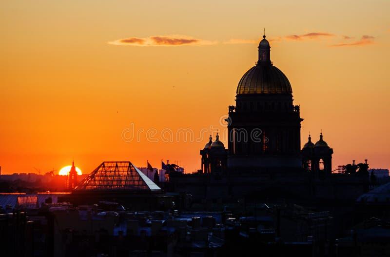 De Kathedraal van heilige Isaac royalty-vrije stock fotografie