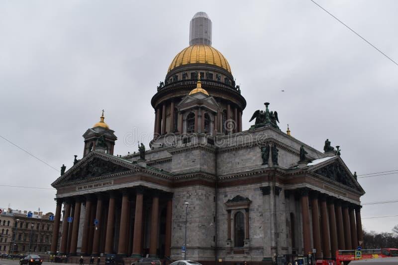 De Kathedraal van heilige Petersburg St Isaac ` s stock afbeelding
