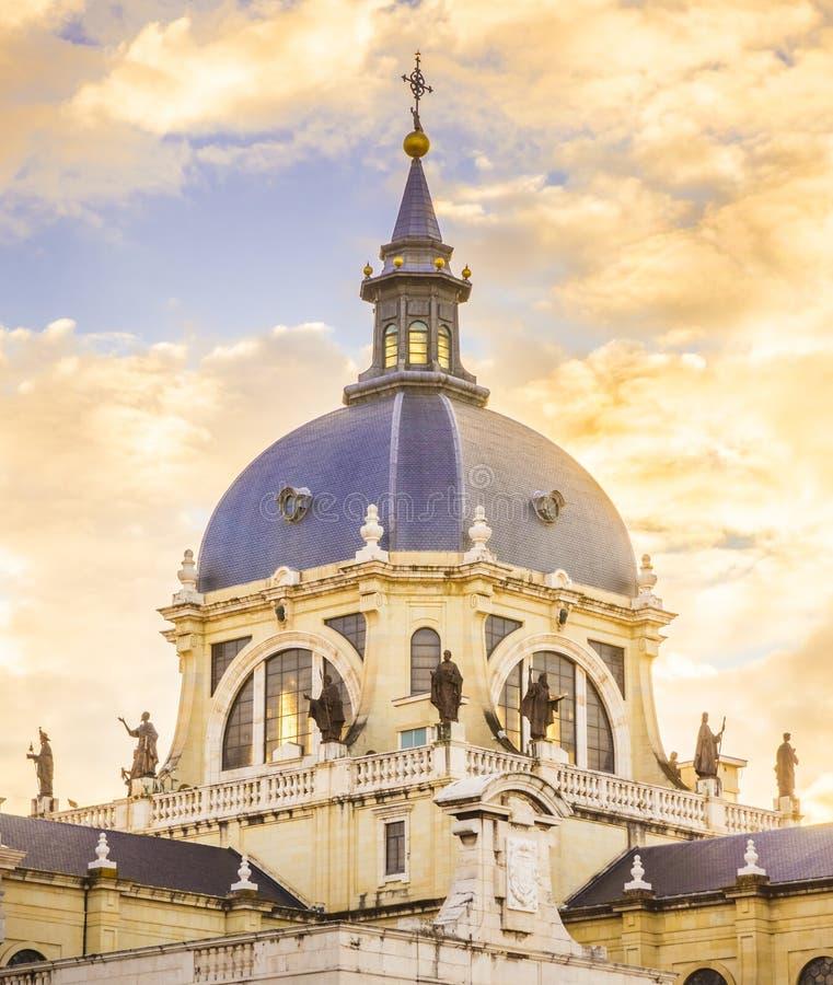 De Kathedraal van Madrid royalty-vrije stock afbeelding