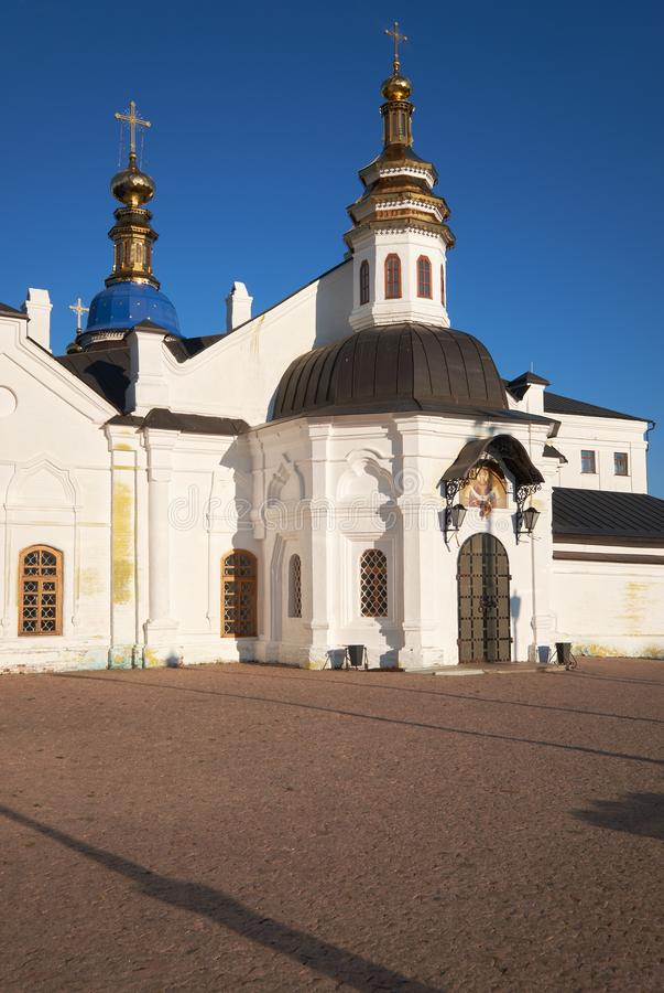 De Kathedraal van de Pokrovskywinter Tobolsk het Kremlin Tobolsk Rusland royalty-vrije stock fotografie