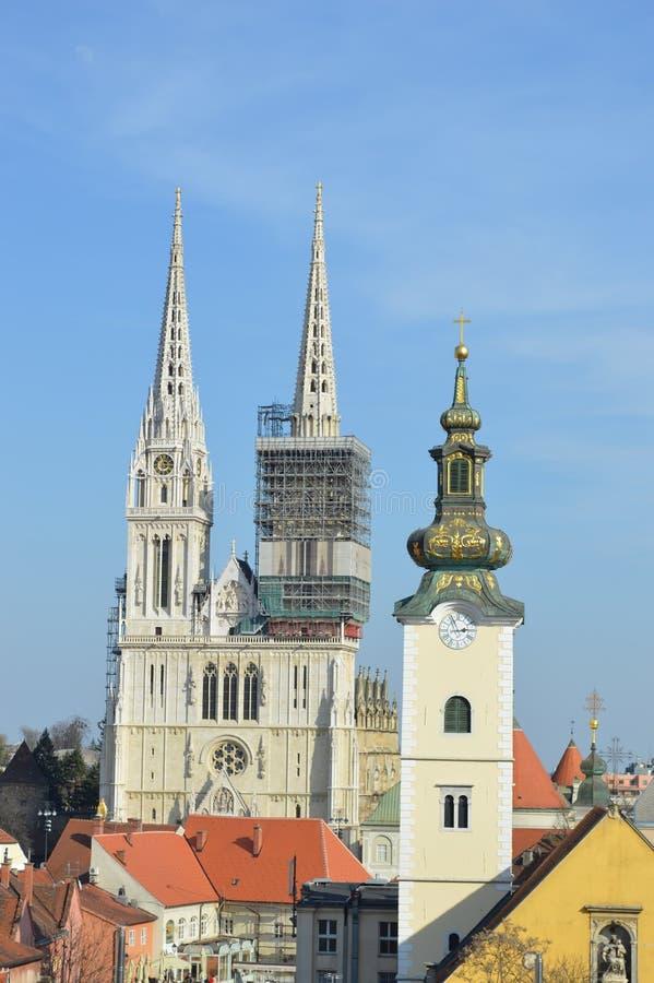 De kathedraal van Zagreb en st. Marys kerk royalty-vrije stock afbeeldingen
