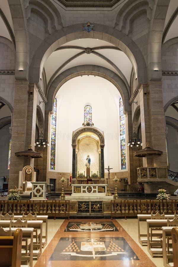 De kathedraalbinnenland van Manilla in Filippijnen stock afbeeldingen