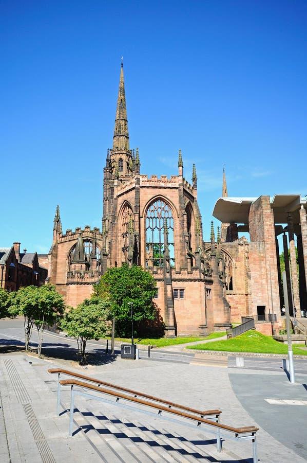 De Kathedraalruïne van Coventry stock afbeeldingen