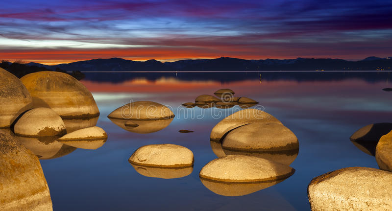 De Keien van Tahoe bij Zonsondergang royalty-vrije stock foto