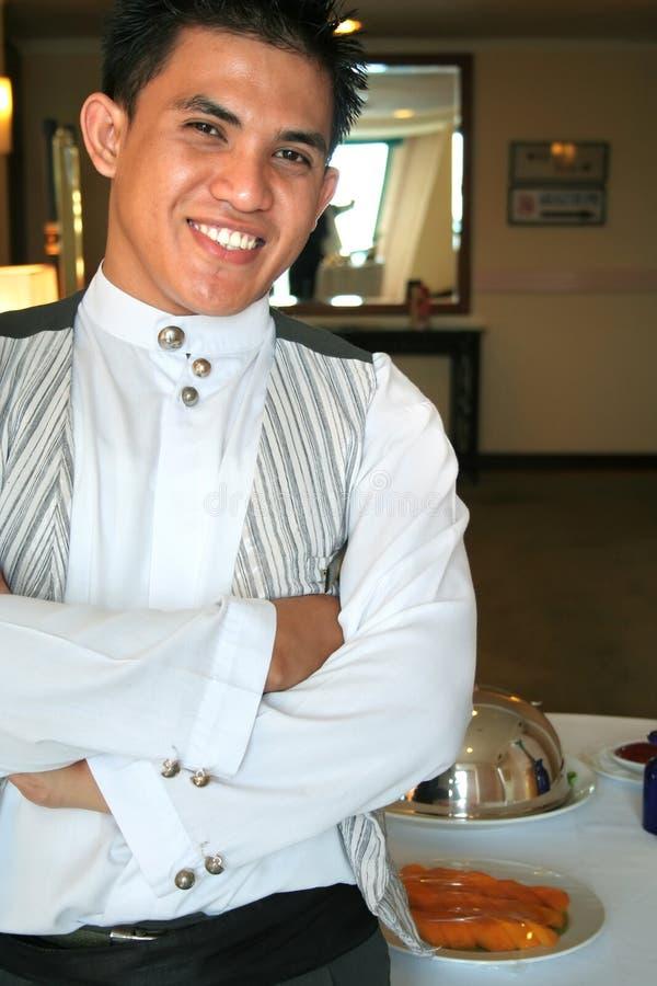 De kelner stelt binnen royalty-vrije stock foto's