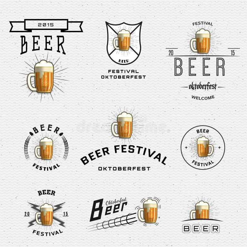 De kentekensemblemen en etiketten van het bierfestival voor om het even welk gebruik stock illustratie