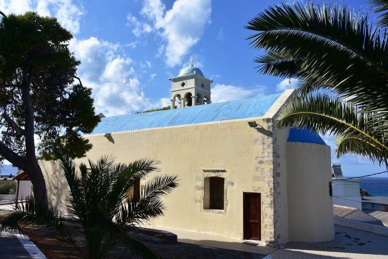 De kerk in de oude stad van Platanias-dorp, Kreta stock afbeeldingen