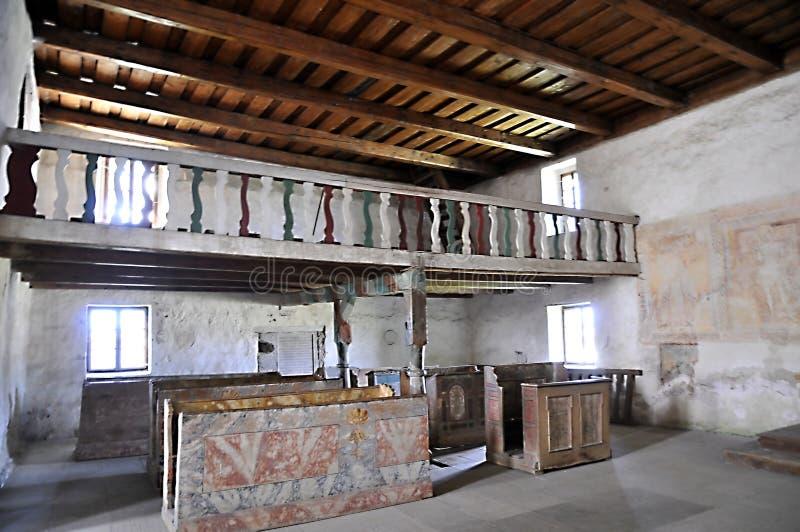 De kerk van alle-heiligen, Ludrovà ¡ - balkonbinnenland royalty-vrije stock afbeelding