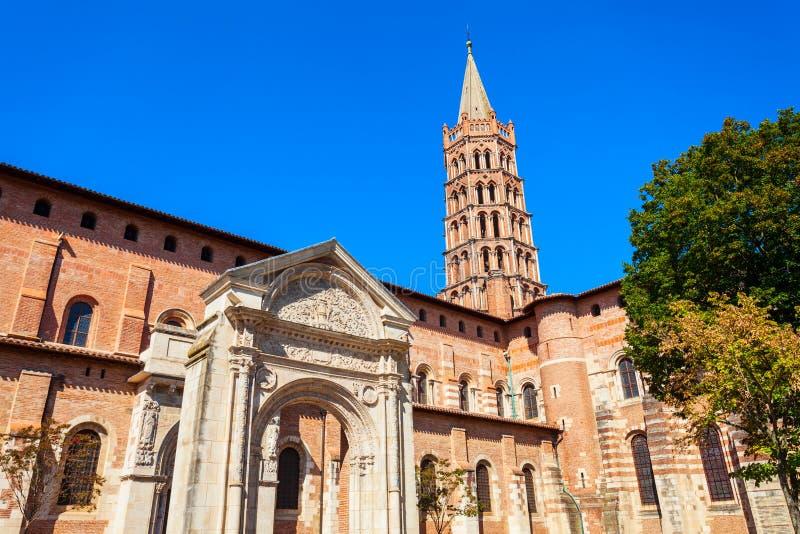 De kerk van basiliekheilige Sernin, Toulouse stock fotografie