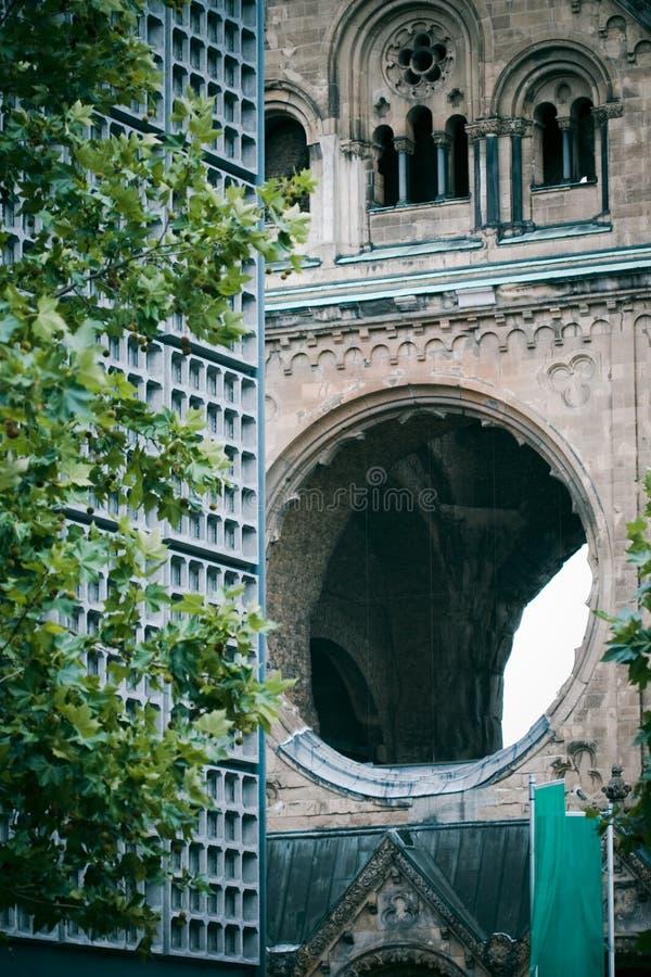 De kerk van Berlijn, oud en nieuw royalty-vrije stock foto's