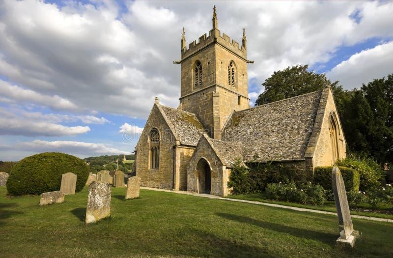 De kerk van de Broadwayparochie in coyswolds, Worcestershire, Binnenlanden, Engeland, het UK royalty-vrije stock foto's