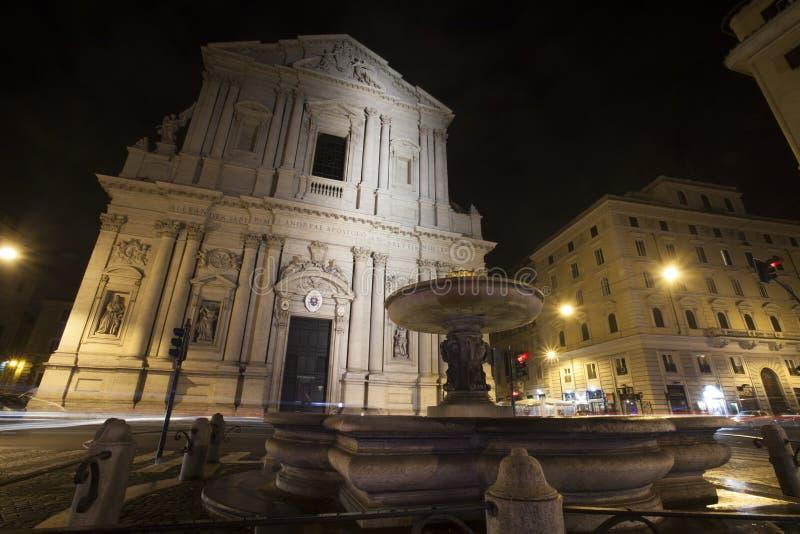 De kerk van de Sant'Andrea della Vallebasiliek in Rome, Italië nacht royalty-vrije stock afbeelding