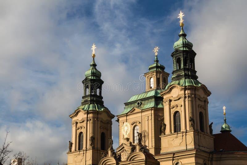 De kerk van heilige Nicolaus in Praag, Tsjechische republiek royalty-vrije stock afbeeldingen