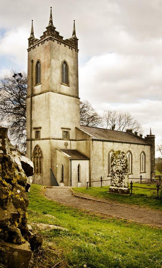 De kerk van heilige Patrick op Tara Heuvel in Ierland stock foto