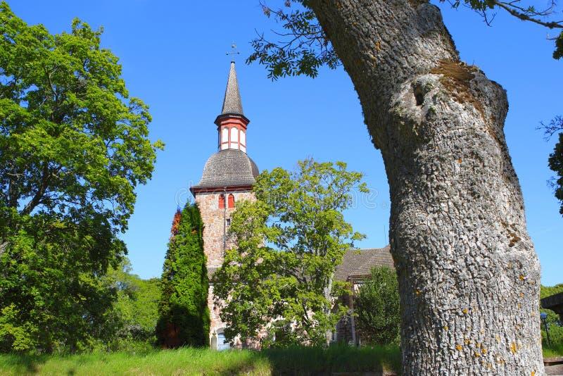 De kerk van het land in Jomala, Aland-Eilanden stock afbeeldingen