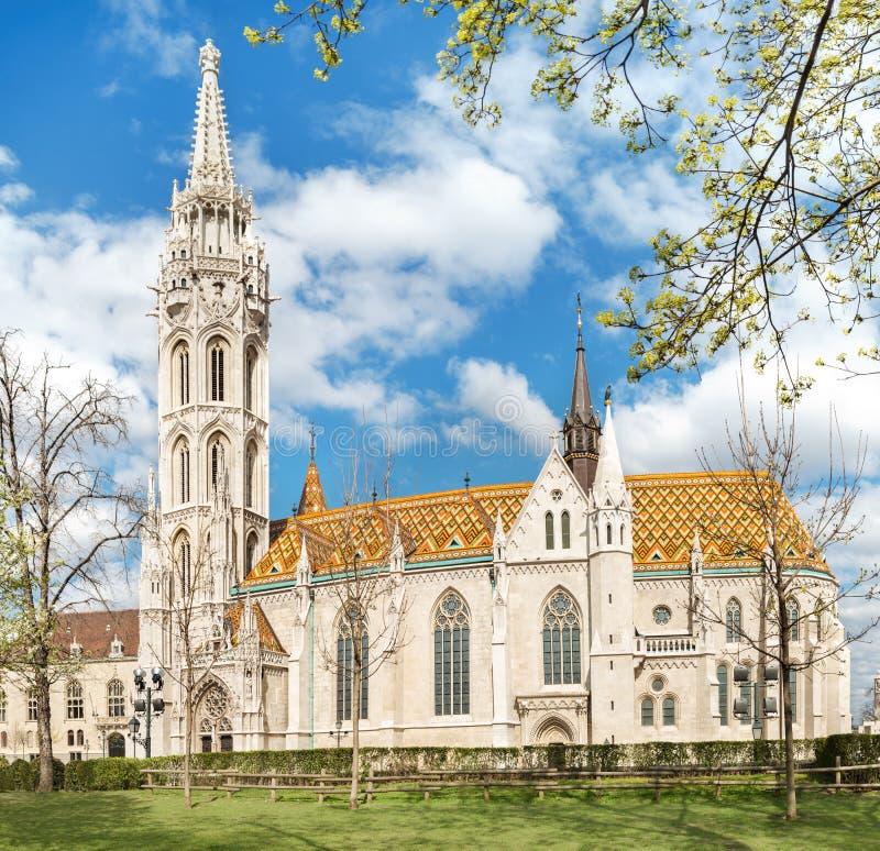 De kerk van Matthias in Boedapest, Hongarije stock foto's