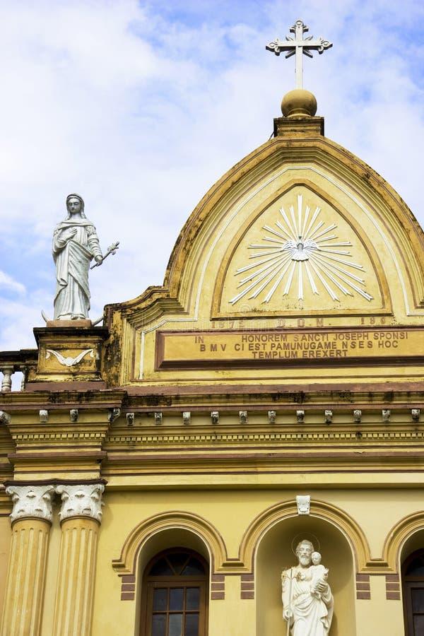 De Kerk van Pamunugama, Colombo, Sri Lanka stock foto's