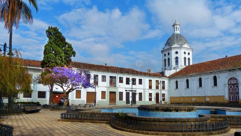 De kerk van San Sebastian, Cuenca, Ecuador stock afbeeldingen